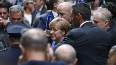 Prezydent Rosji Władimir Putni w czwartek wieczorem przyleciał do Mediolanu na szczyt Azja- Europa. Chociaż mocno się spóźnił, zdążył się spotkać z kanclerz Niemiec Angelą Merkel