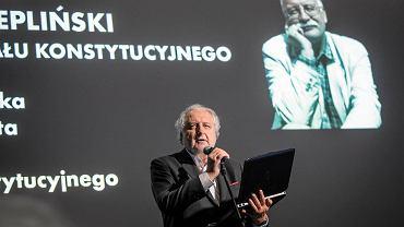 Lublin. Gala wręczenia Nagrody im. prof Zbigniewa Hołdy. Prof. Andrzej Rzepliński
