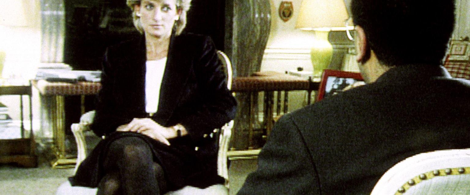 Kultowy odcinek 'Panoramy' BBC i wywiad udzielony Martinowi Bashirowi, wówczas mało znanemu dziennikarzowi, to przełomowy moment w historii telewizji. (fot. materiały promocyjne)