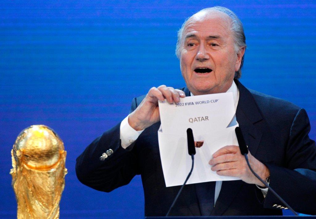 Sepp Blatter ogłasza Katar gospodarzem mistrzostw świata w 2022 r.