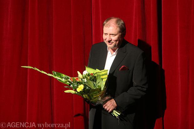Aktor na deskach Teatru Lalek we Wrocławiu podczas festiwalu 'Pan Tadeusz Live' (fot. Maciej Świerczyński / Agencja Gazeta)