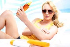 Lubisz się opalać? Ale czy wiesz jak dbać o skórę po opalaniu?