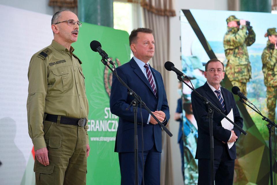 Konferencja prasowa szefów MON, MSWiA i komendanta głównego Straży Granicznej