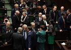 """Awantura o Trybunał Konstytucyjny: PiS wybiera swoich sędziów. """"Jest mi wstyd za taki Sejm"""" [KLUCZOWE CYTATY]"""