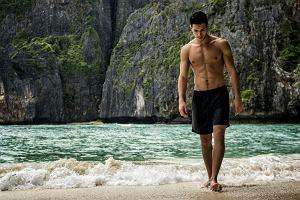 Szorty kąpielowe marek premium. 18 stylowych modeli, które sprawdzą się w tym sezonie!