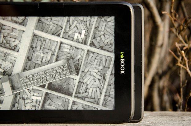 inkBook Obsidian i Kindle Paperwhite