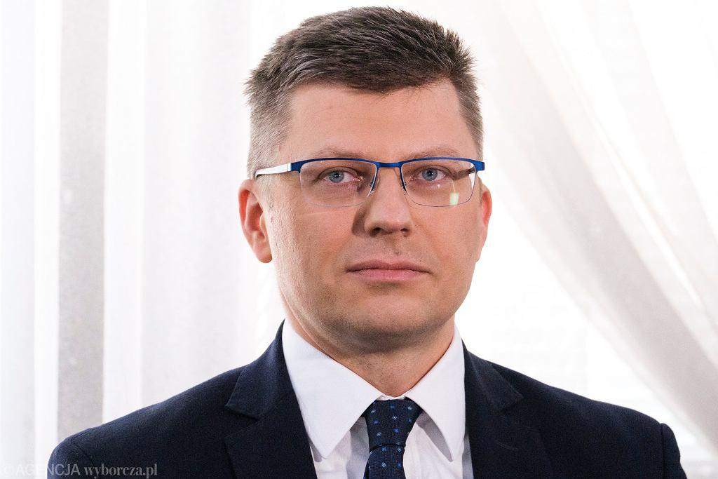 Marcin Warchoł zapytany, czy zaszczepi się przeciwko COVID-19: Pozostawię to mojemu sumieniu