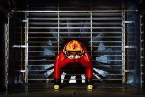 Tunel aerodynamiczny PK ma pomóc bić rekordy szybkości Jędrzejowi Dobrowolskiemu