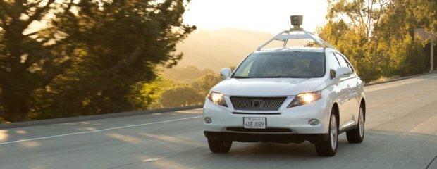 Samochód Google'a Lexus RX450h