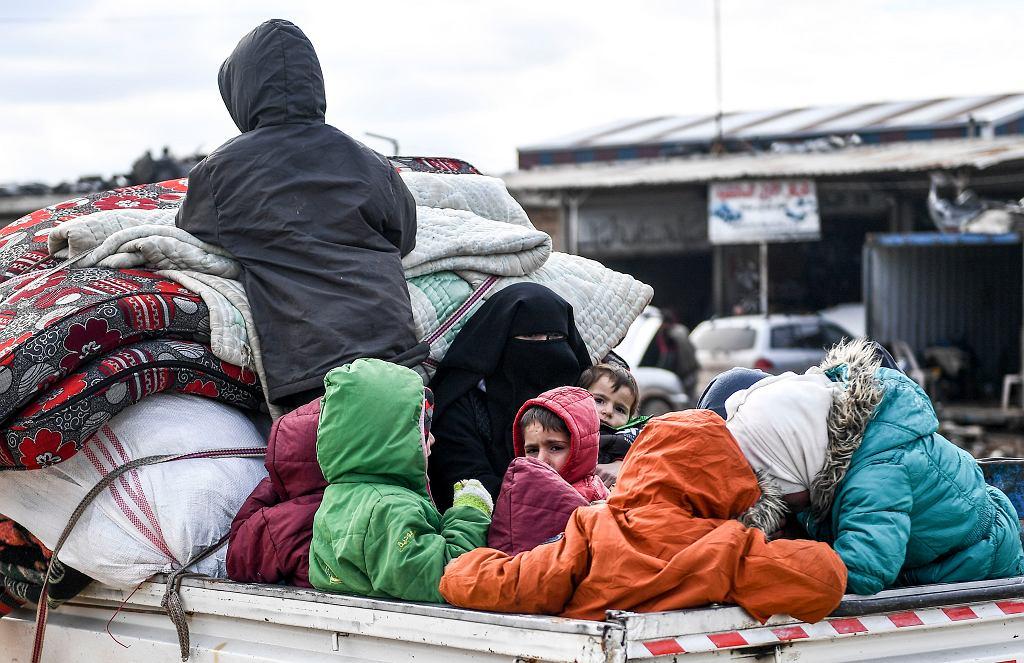 Syria. Uchodźcy uciekający przed ofensywą wojsk rządowych