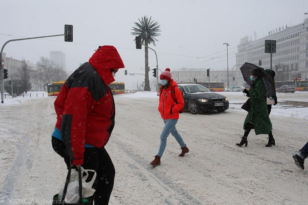 8 lutego 2021 r. Atak zimy i opady śniegu w Warszawie
