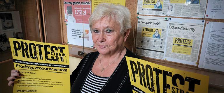 Nauczyciele z Poznania wbrew decyzji ZNP nie chcą zawieszać strajku