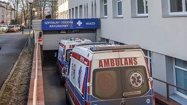 Epidemia koronawirusa w Polsce - na zdjęciu szpital w Zielonej Górze