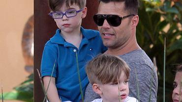 Ricky Martin z synami w 2013 roku