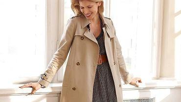 Beżowy płaszcz na wiosnę