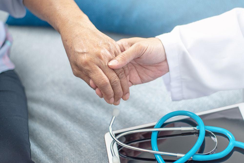 Osteomalacja, zwana jest również rozmiękaniem kości
