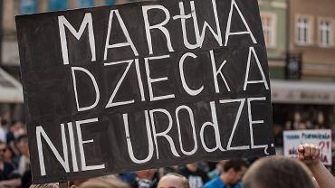 Manifestacja w Olsztynie przeciw zaostrzeniu przepisów aborcyjnych