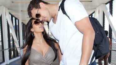 """Były mąż Kim Kardashian ostro o ich 72-dniowym małżeństwie. """"Brutalne i zawstydzające"""""""