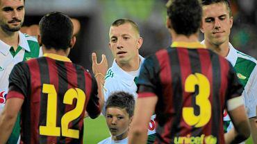 Paweł Buzała podczas towarzyskiego meczu z FC Barceloną