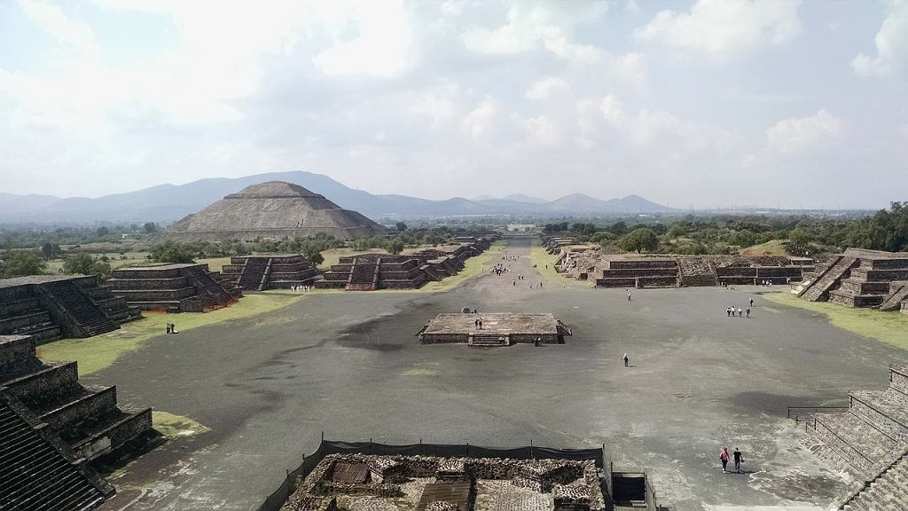 Teotihuacan - widok na Plac Księżyca
