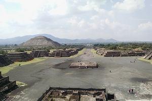 Pod meksykańską Piramidą Księżyca odkryto tunel i tajemniczą komnatę. Dopiero teraz to ujawniono
