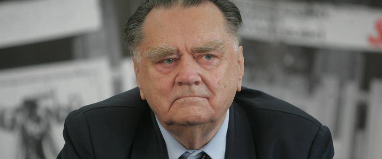 Jan Olszewski trafił do szpitala. Upadł w domu, ma problemy z sercem