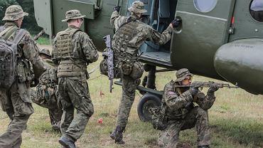 Członkowie organizacji proobronnych podczas ćwiczeń Anakonda-16