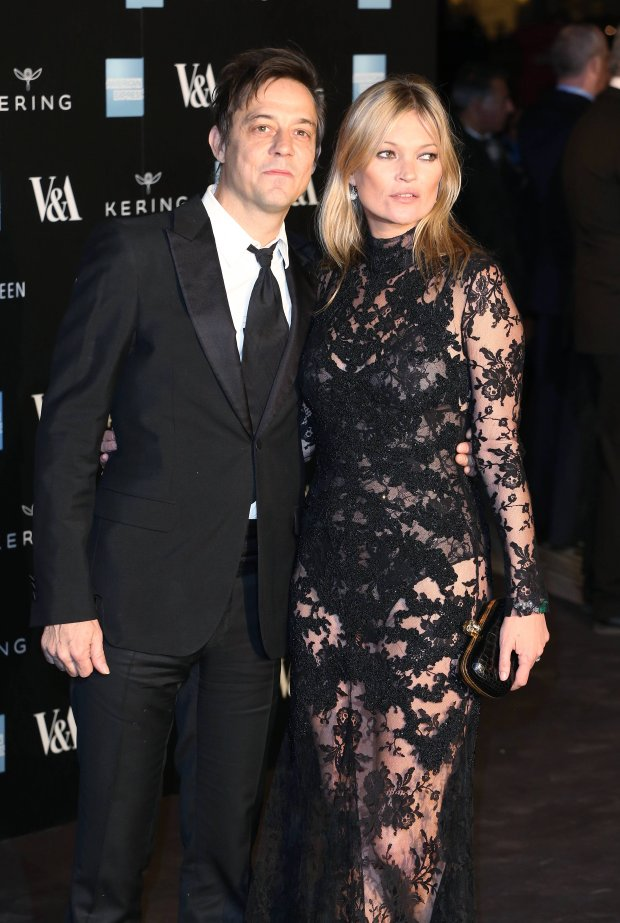 Kate Moss, Jamie Hince Alexander McQueen: Savage Beauty gala dinner held at the V&A Museum London, England - 12.03.15  CODE:369025 REF - LT   www.expresspictures.com N&S SYNDICATION +44 (0)20 8612 7884/7903/7906/7661 +44 (0)20 7098 2764  NO ONLINE MOBILE OR DIGITAL USE WITHOUT PRIOR PERMISSION