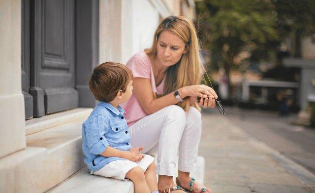 Słowa mają moc. Jak rozmawiać z dziećmi?