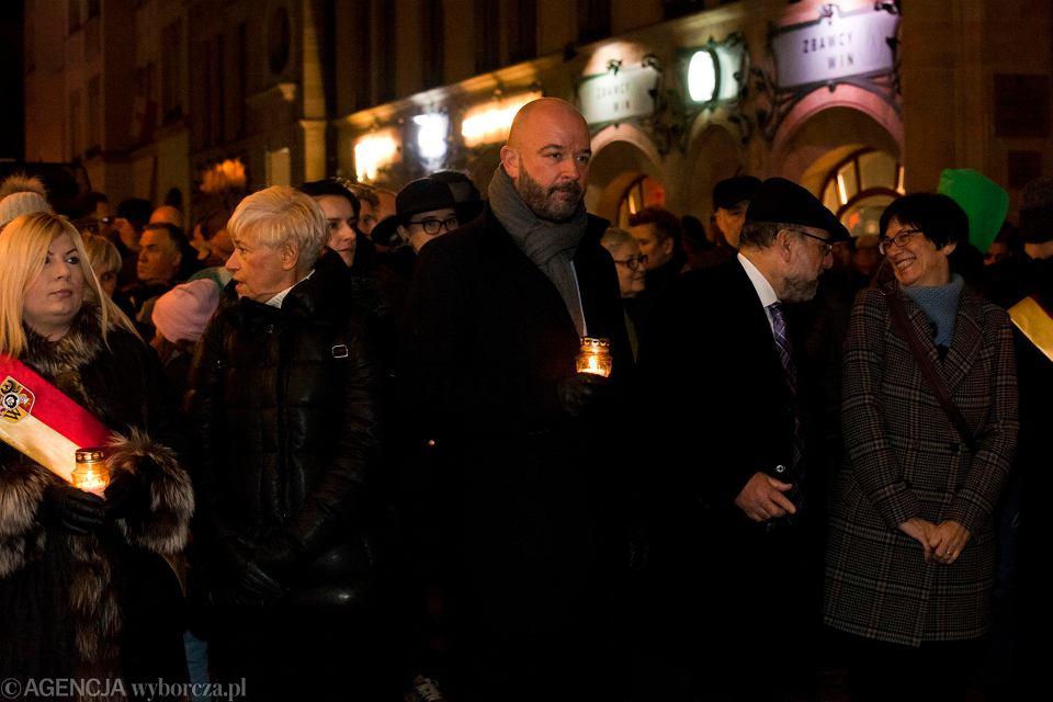 Zdjęcie numer 1 w galerii - Jacek Sutryk w rocznicę Nocy Kryształowej: Wrocław będzie bronił obrażanych i prześladowanych, także słowem