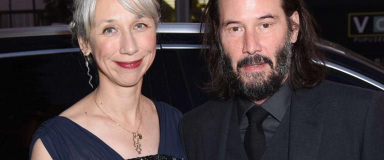 """Keanu Reeves planuje ślub. """"Ceremonia odbędzie się na plaży"""""""