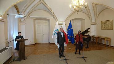 Członkowie zespołu ds. równości i różnorodności otrzymali nominacje z rąk prezydenta Jacka Jaśkowiaka