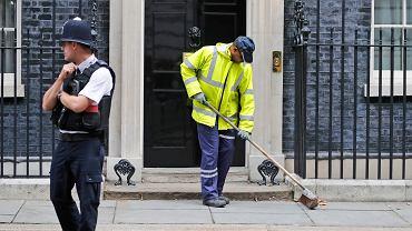 Londyn, przed siedzibą premier Wielkiej Brytanii
