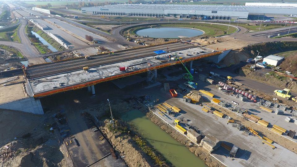 Budowa autostrady A1 - postęp prac na odcinku 'A' (listopad 2020)