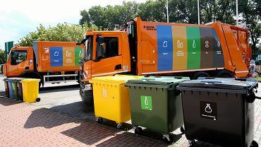 Warszawskie śmieciarki (zdjęcie ilustracyjne)