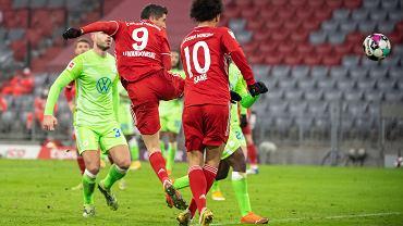 Robert Lewandowski w trakcie meczu Bayern Monachium z VfL Wolfsburg. Germany Soccer Bundesliga