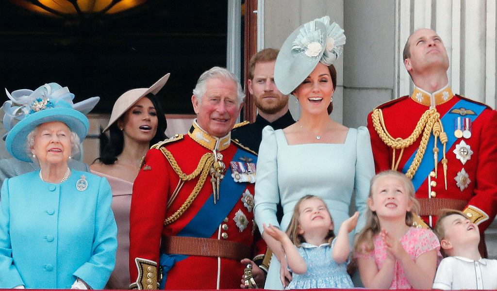 Rodzina królewska podczas 'Trooping the Colour', czyli urodzin królowej
