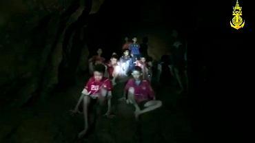 Tajlandia. Chłopcy mogą spędzić w jaskini jeszcze 4 miesiące
