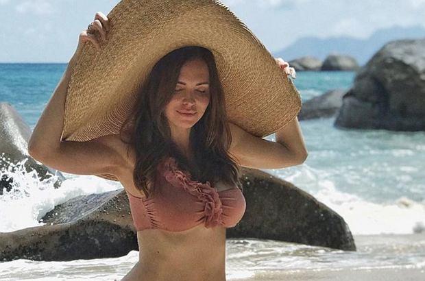 Anna Wendzikowska ostatnie tygodnie spędza w rozjazdach. Choć na Instagramie publikuje wiele seksownych zdjęć, fani krytykują jej wygląd. Dziennikarce puściły nerwy.