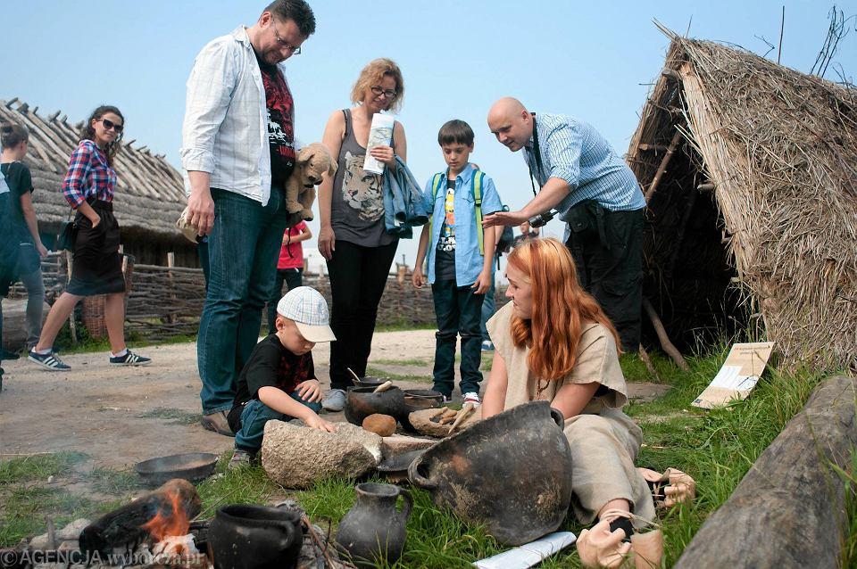 Co Przetrwało Ze Słowiańskiej Kuchni Dowiesz Się W Biskupinie
