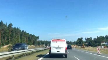 Kierowcy blokowali przejazd karetki na sygnale na DK 7