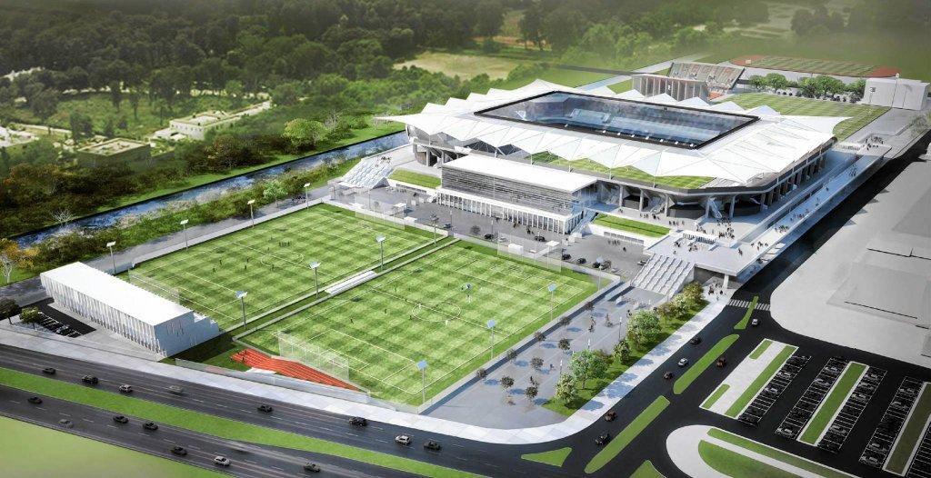 W miejscu, w którym kiedyś znajdowały się baseny, Legia Warszawa chce wybudować dwa boiska treningowe