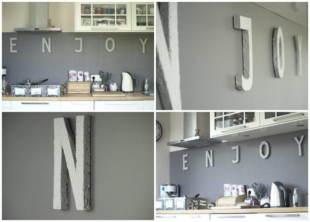 "Zrób to sam: ""betonowe"" napisy na ścianie"