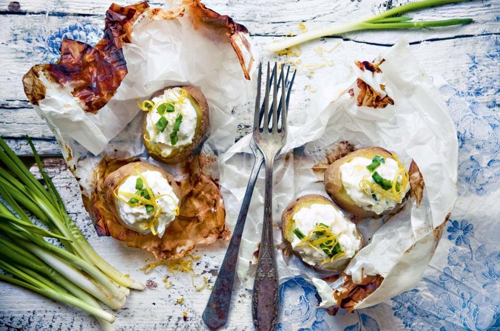 Młode ziemniaki nadziewane ricottą