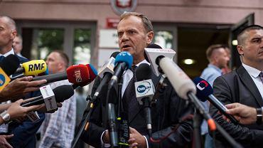 Donald Tusk w Prokuraturze Krajowej