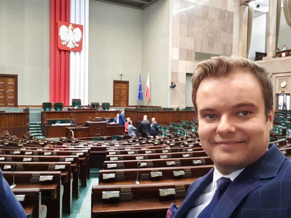 Rafał Bochenek w Sejmie.