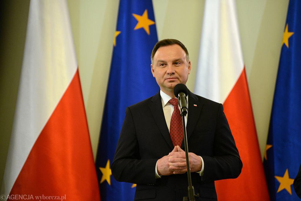 Andrzej Duda: Trybunał UE poszedł za daleko, rozpycha się. To dla mnie dzwonek alarmowy