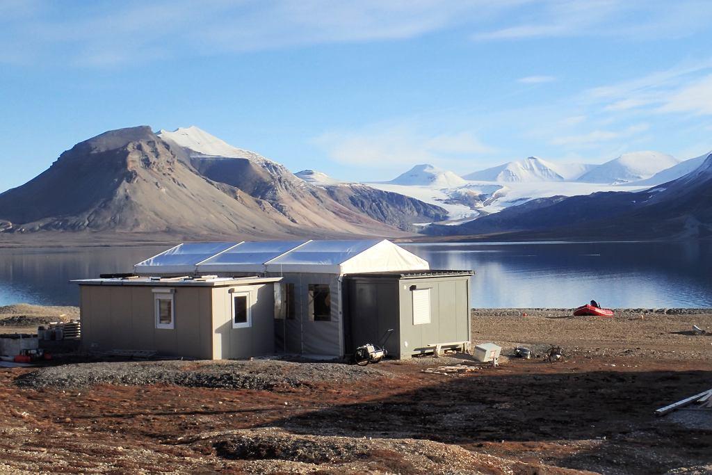 Stacja polarna UAM w Zatoce Petunii, Spitsbergen