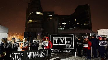 Sobotnia demonstracja pod gmachem TVP przy Woronicza