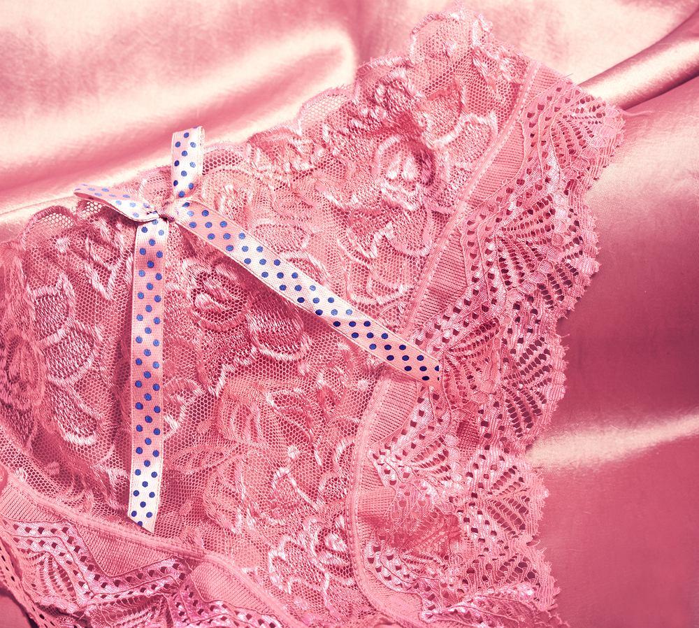 Karolina jako najgorszy prezent na walentynki wspomina majtki kupione przez męża, których rozmiar był sporo za mały